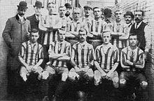 220px-Oldham_Athletic-1905.jpg.c407e670e0846ff6d7eb764d813ba76a.jpg