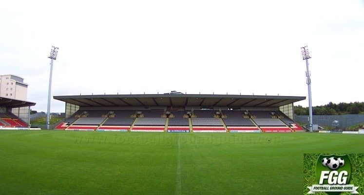 partick-thistle-fc-firhill-stadium-jackie-husband-stand-1432051357.jpg.71c398f2a5754ce2fd1b67b04cc82e5a.jpg